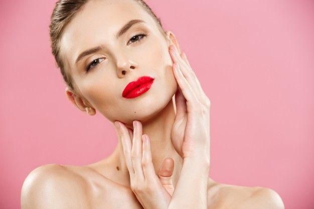 натуральная косметика помогает оставаться всегда красивой