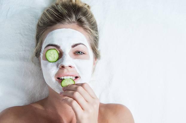 применение витаминных масок улучшит состояние вашей кожи